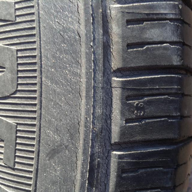 How To Read Tires Size >> Michelin Defender cracking.